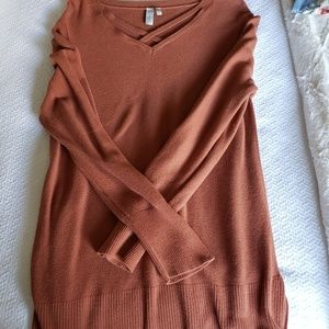 Cognac color tunic sweater,  such a cute sweater!